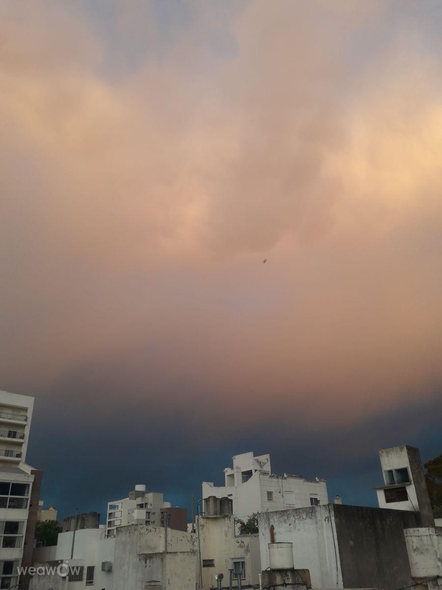 Photographe Julianacutini96, Photos météo à Bahía Blanca - Weawow