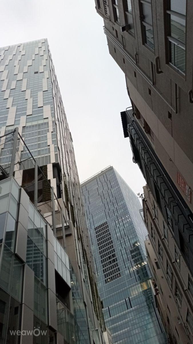 Photographer SUZUKI, Weather Photos in Shibuya Stream - Weawow