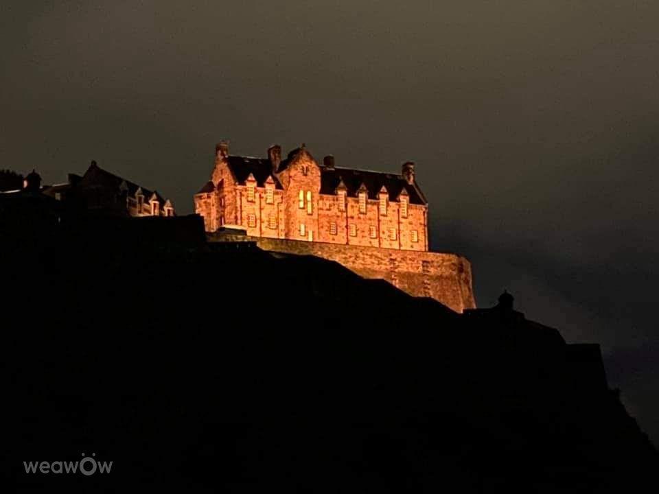 写真家 Nikstar71、Edinburgh Castleの天気写真 - Weawow