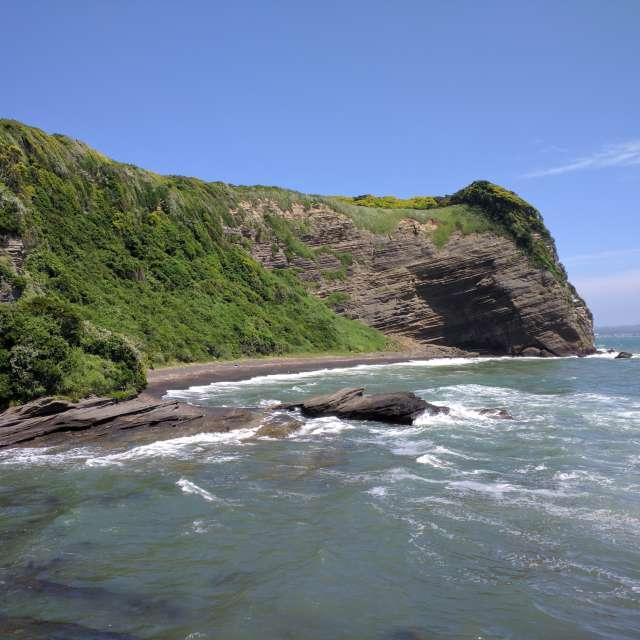 地層が見える海の絶景
