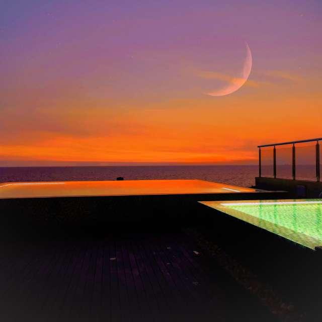 Rooftop swimmingpool Sri Lanka