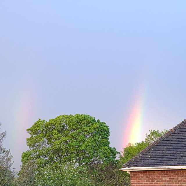 The Darkness v The Rainbow  🌈