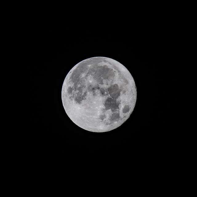 昨日は満月だったので遅ればせながら...