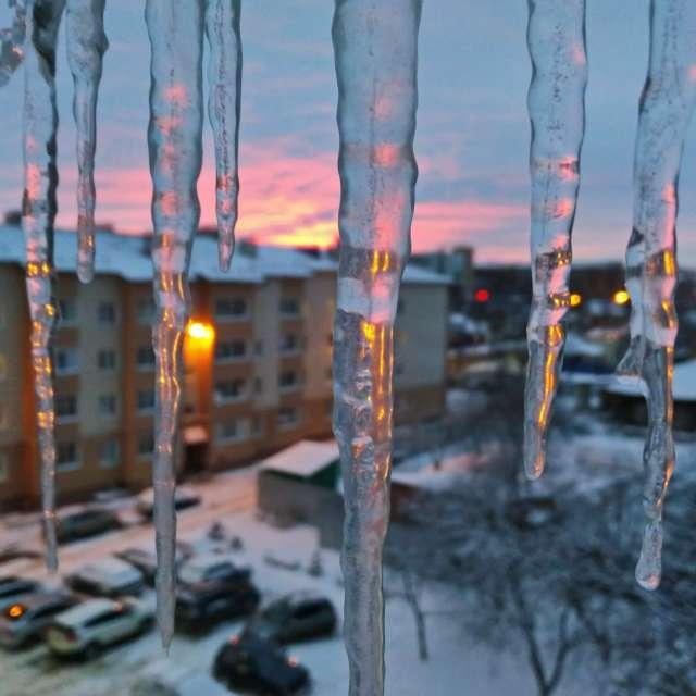 Закат. вечер, оттепель, лёд