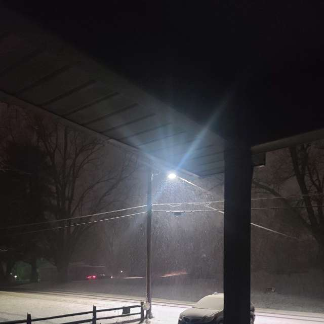 Snowfall this AM Ottumwa ia