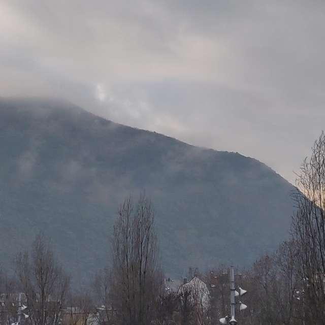 Nubes bajas en el Pajariel