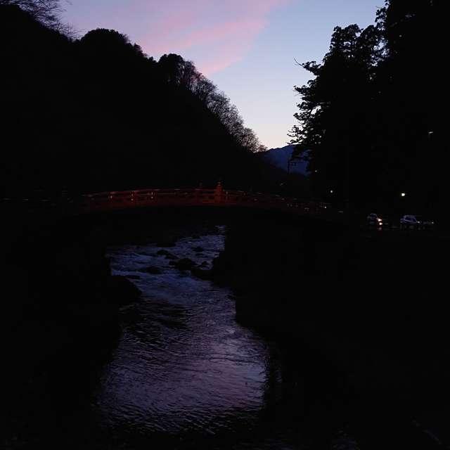 夕焼け神橋