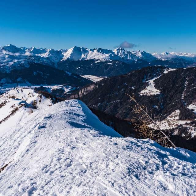 Blick von der Ultenspitze