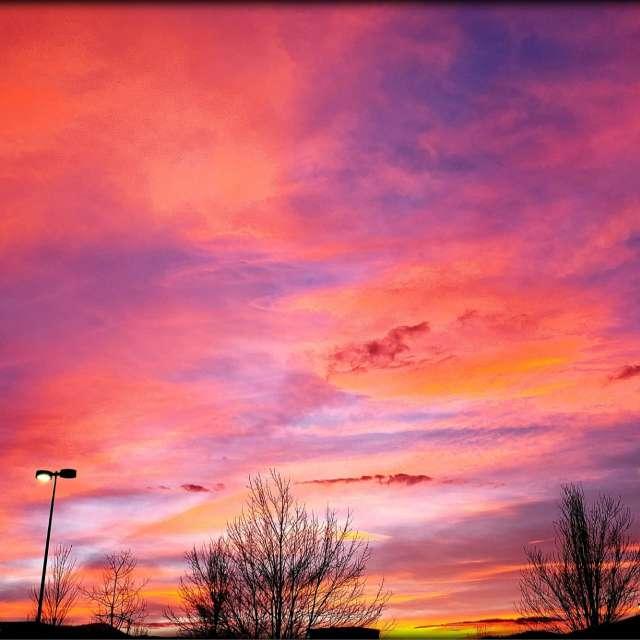 Evening  85°F sunset cloudy