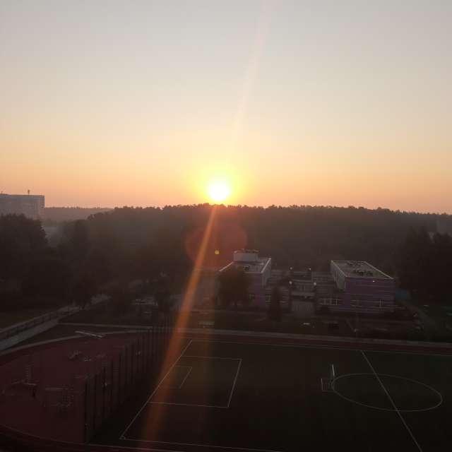 Sunrise, mezciems Riga