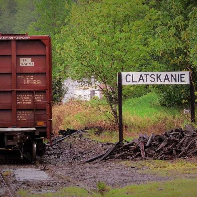 Abandon Train Track