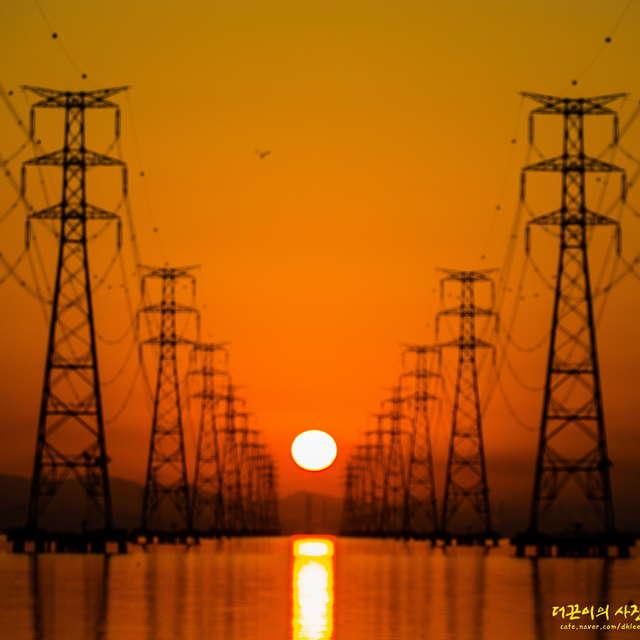 Sunrise at Sihwa Tower