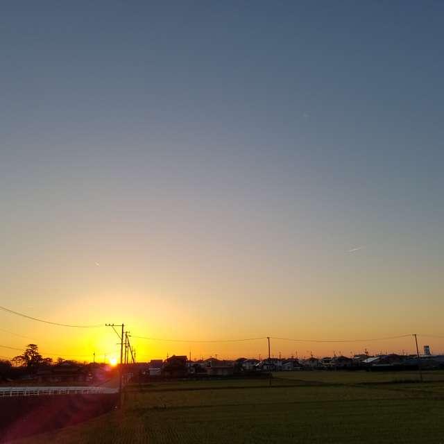 堤防からの夕日