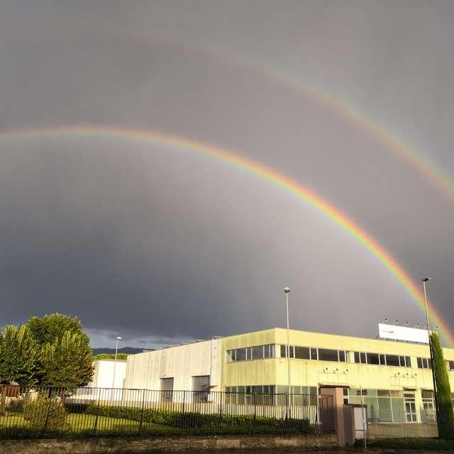 雙彩虹了解一下
