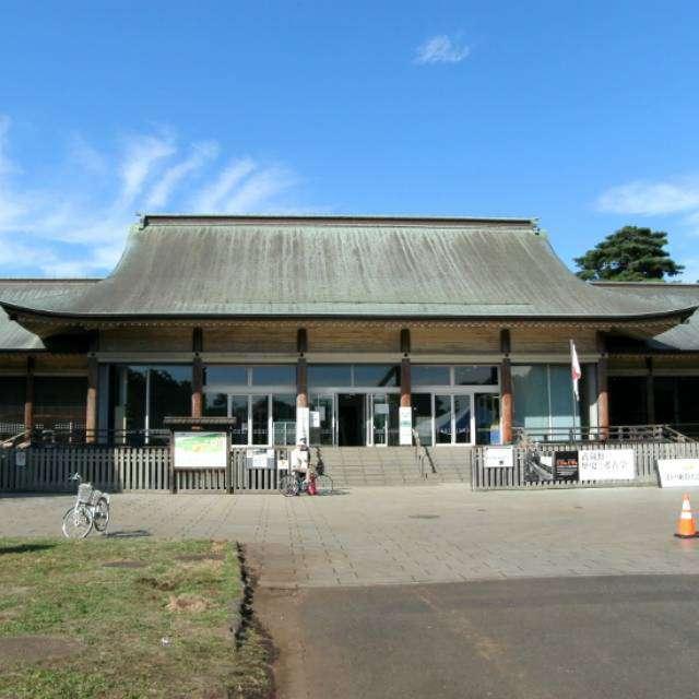 「江戸東京たてもの園」正面入口を撮影