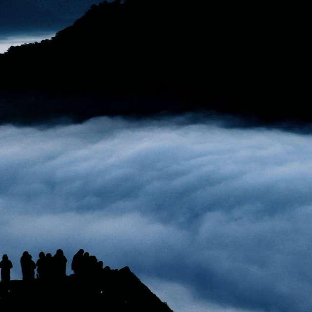 竹田城跡から望む夜明け前の雲海
