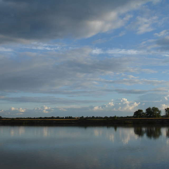 Зеркало реки