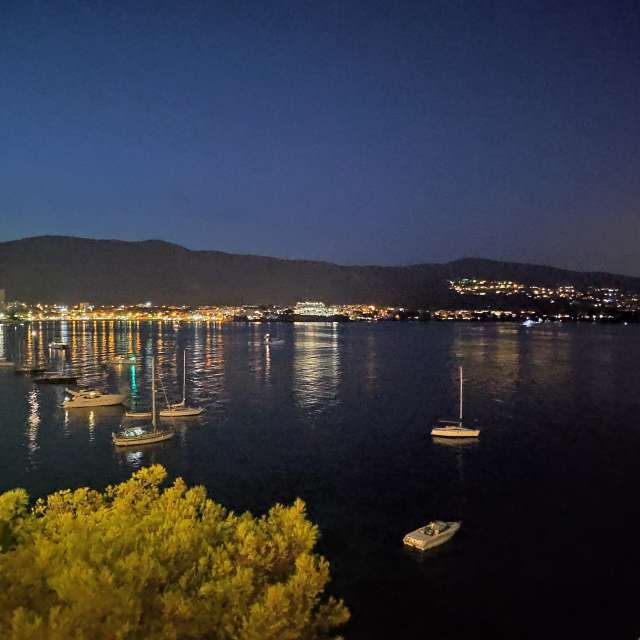 Bay at night...