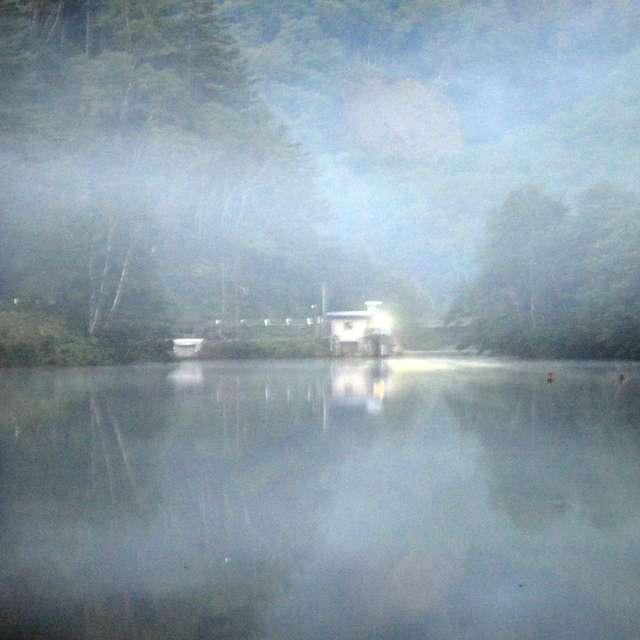早朝の大正池