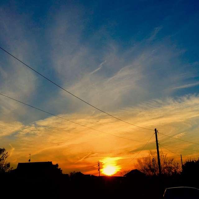 揺らぐ夕焼け空