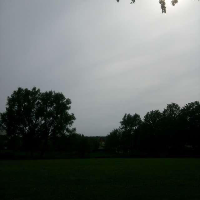 warm aber wolkig