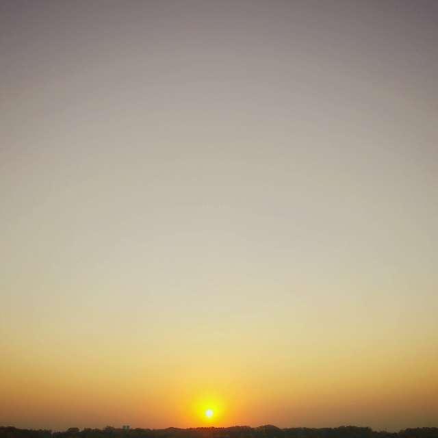 Serine sunrise over Iowa