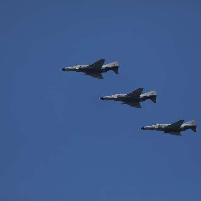 青空の中の戦闘機