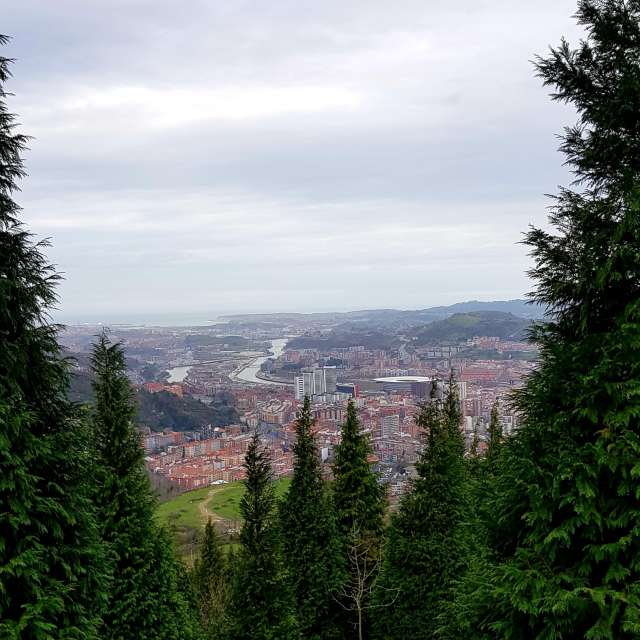 Cima Arnotegi y sus vistas