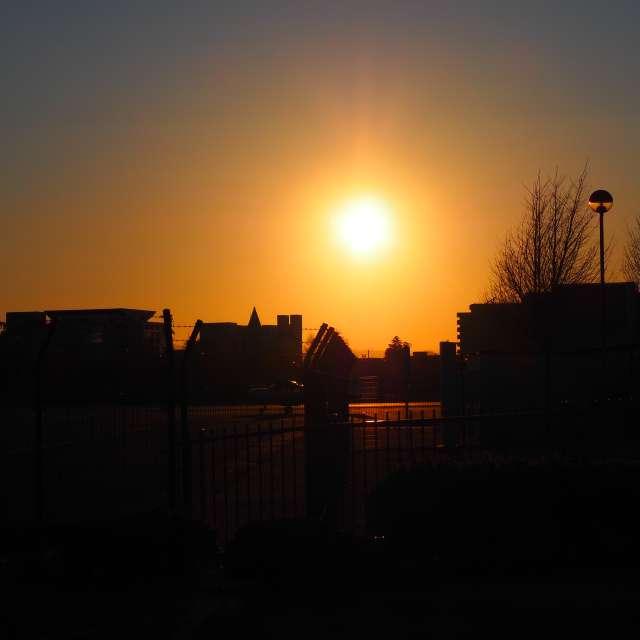 調布空港公園の夕暮れ