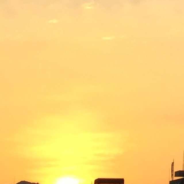 ゆらぐ日の出