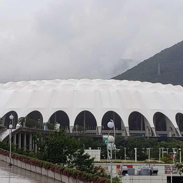アジア総合競技場