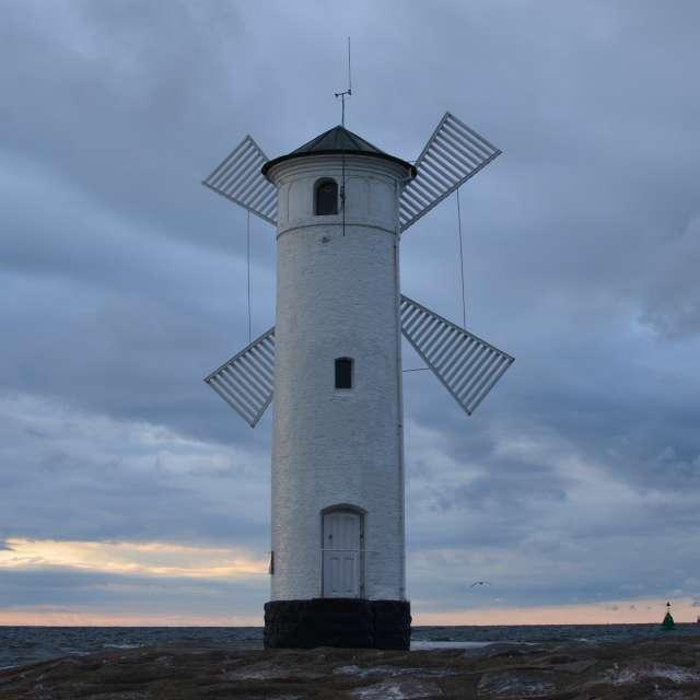 Windmill storm