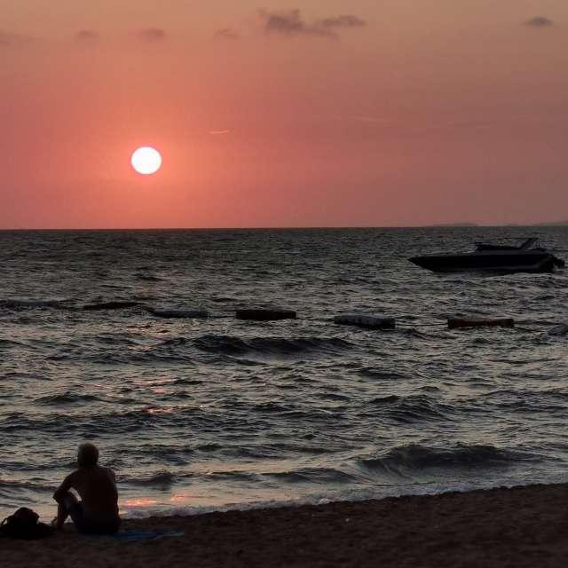 Sunset at Jomtien beach