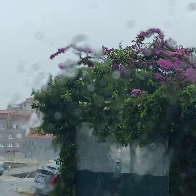 Puerto de Carril lloviendo.