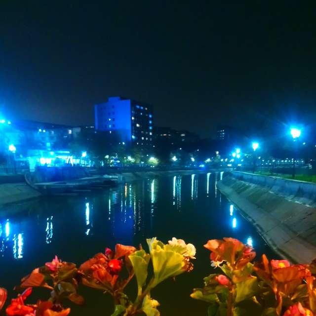 Dâmbovița River, București.