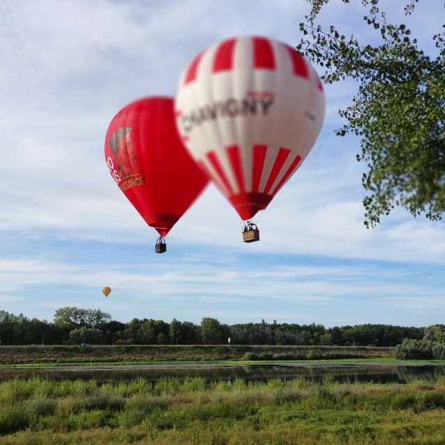 Envolée de montgolfières