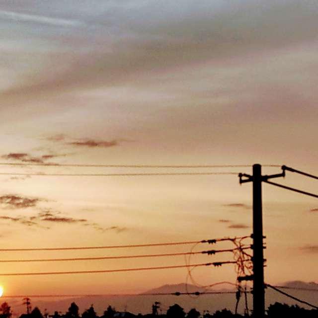 Sti🐤# オレンジ色の太陽