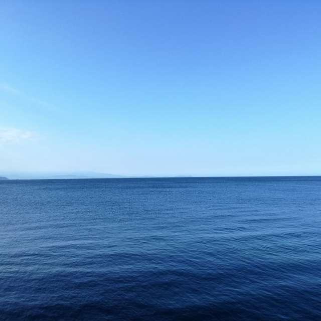 初島行きのフェリーからの海♪とにかく美しい海