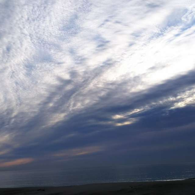 朝イチの空