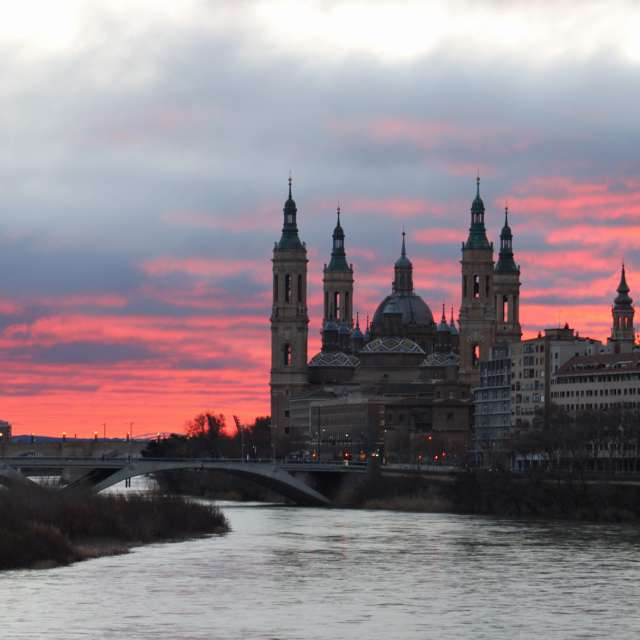 Amanecer en Zaragoza