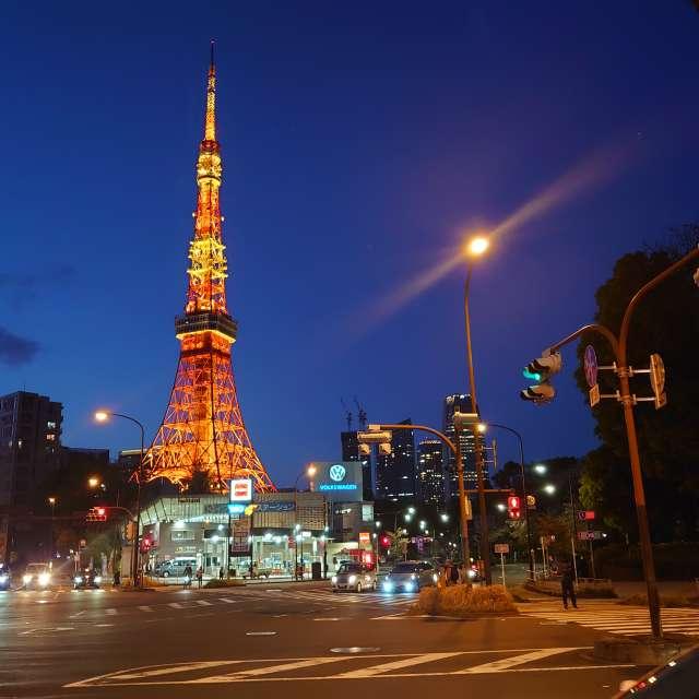 """夜空に映える""""東京タワー"""""""