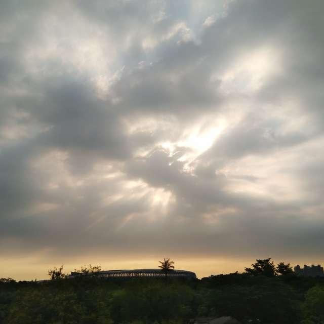 天空之鳥大展鴻圖