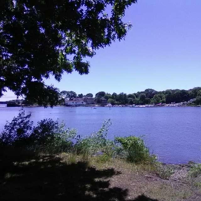 Gorgeous Day @Poquonnock River