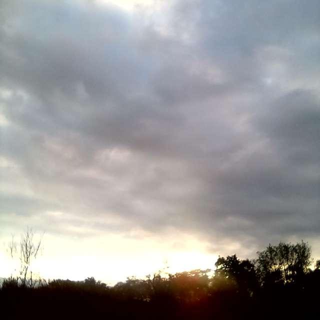 Запад , облака навстречу глазу