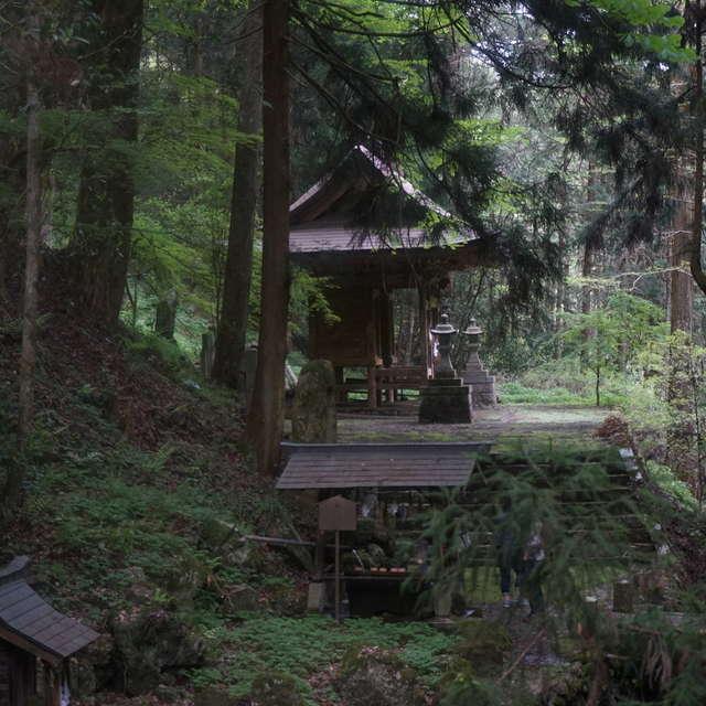 山奥の神社