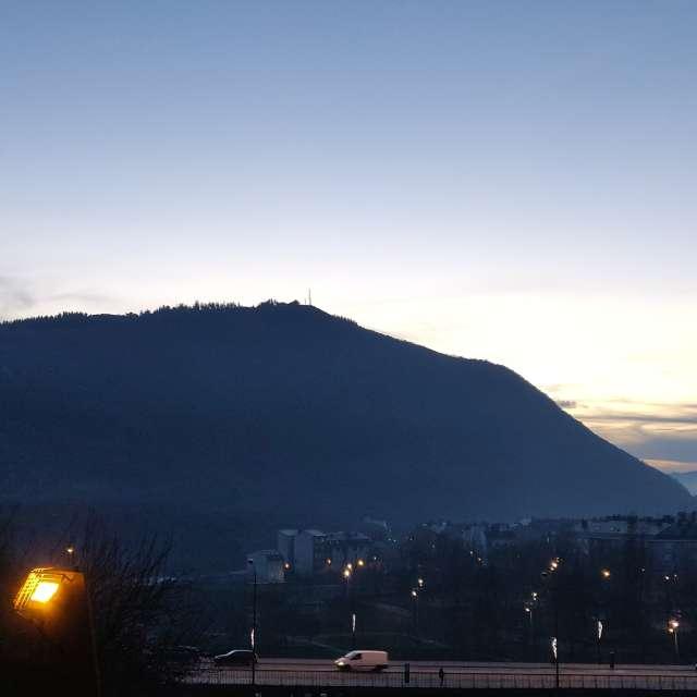Monte Pajariel, río Sil, noche