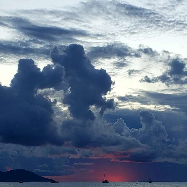 Sunset @ Tahiti