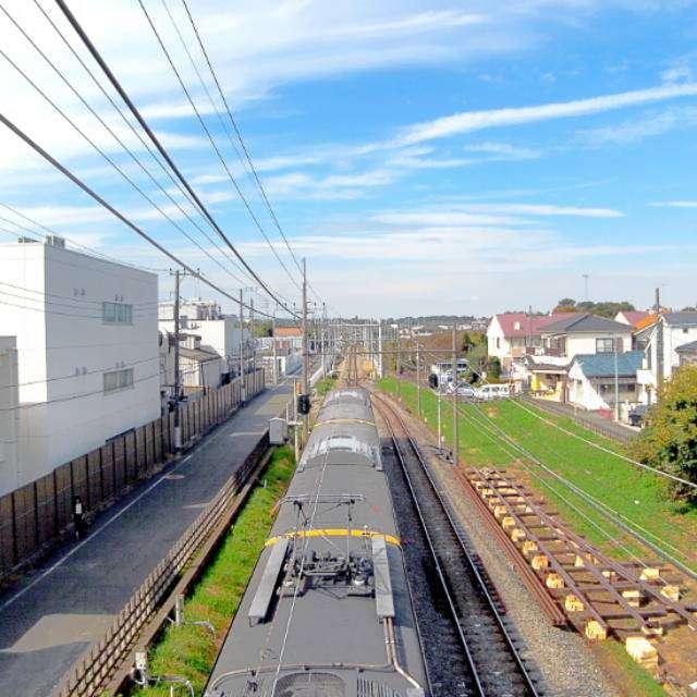 西武国分寺線恋ヶ窪駅付近を撮影