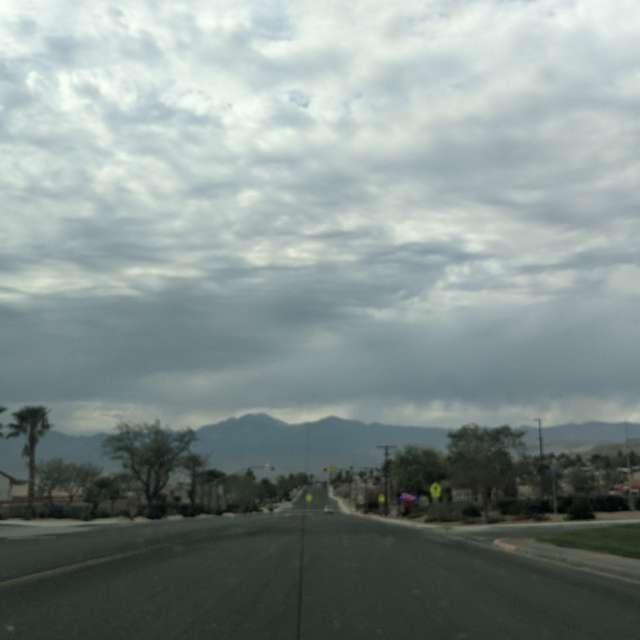 Desert Hot Springs cloudy/hot