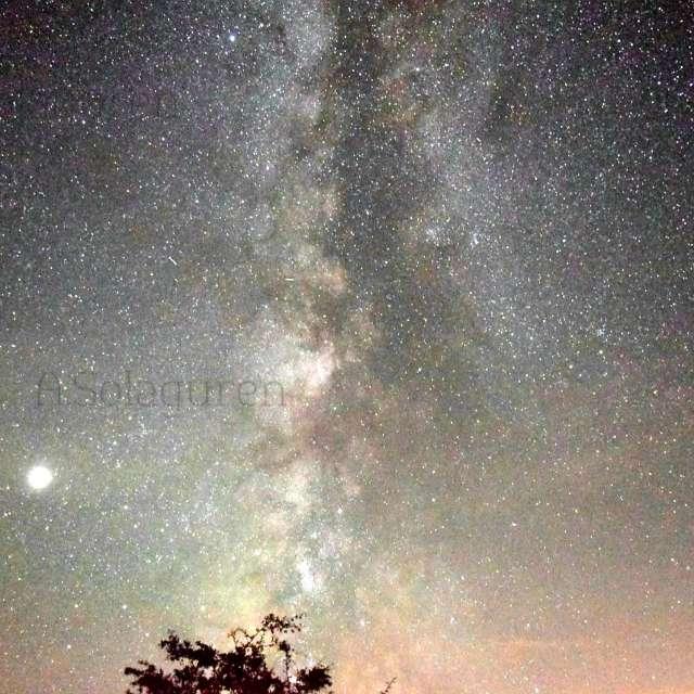 Noche,Vía láctea y Jupiter